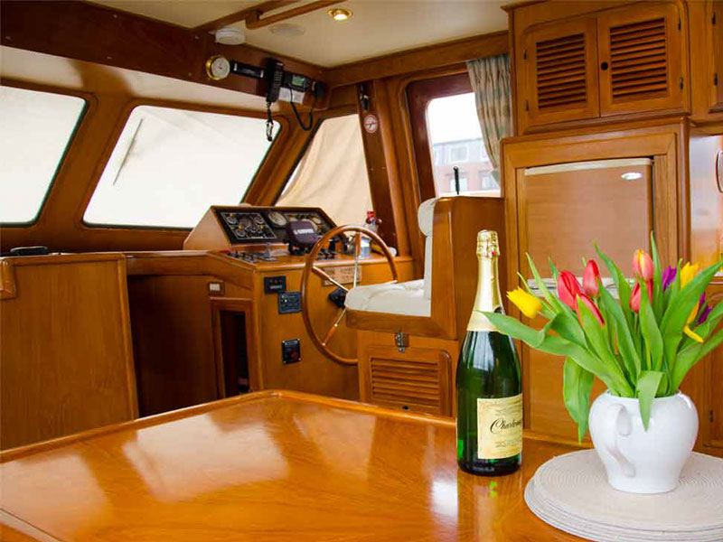 Jurassic Coast Luxury and Adventure Cruises